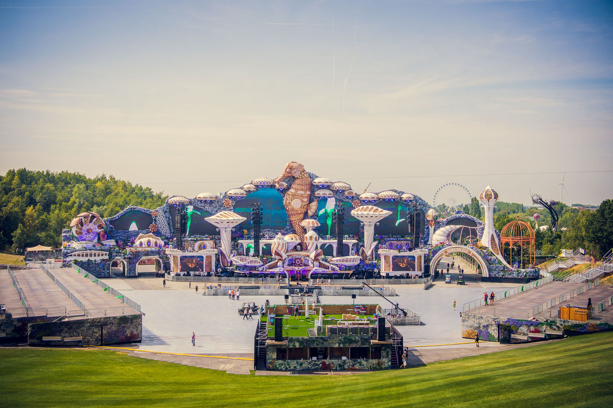 Check out Tomorrowland's Epic New Main Stage